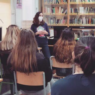 Celebració del Dia de la Dona a la Biblioteca de l'IES Orriols de València