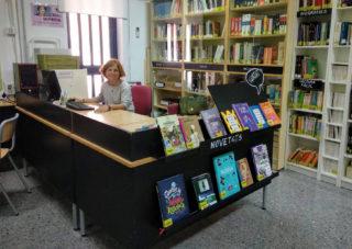 La Biblioteca de l'IES Orriols l'IES Orriols de València, està gestionada per personal docent (A la foto: Lucía Ruiz)