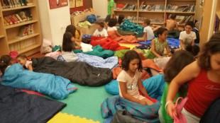 xiquets nit a la biblioteca