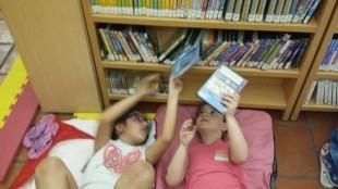 xiquets 2 nit a la biblioteca