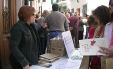 Foto del puesto del COBDCV en Trobades d'Escoles en Valencià (Gàtova, 2010)