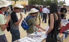 Foto Foto del puesto del COBDCV en Trobades d'Escoles en Valencià (Mutxamel, 2010)