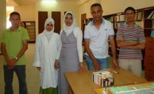 Foto del equipo de biblioteca en Mostaganem (Argelia)